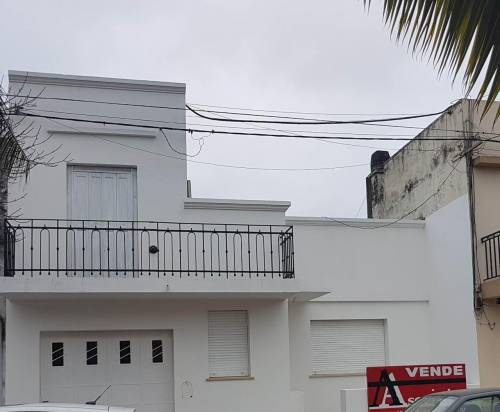 PROPIEDAD CENTRICA - 1RA JUNTA Y URQUIZA
